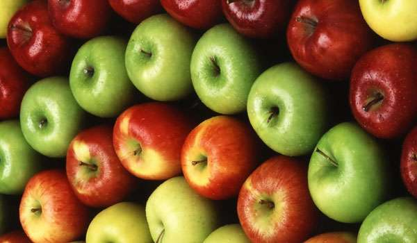 Apple - How to Whiten Teeth Naturally at Home Fast